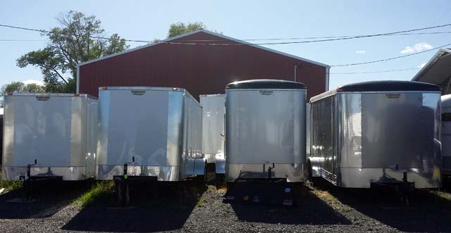 single-axle cargo trailers